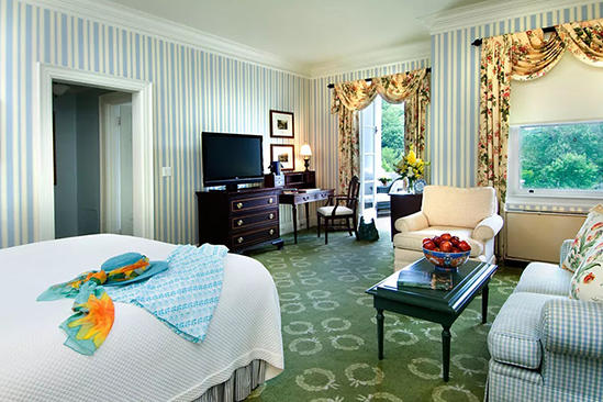The_Omni_Homestead_Executive_Studio_ suite _2_Double_Beds