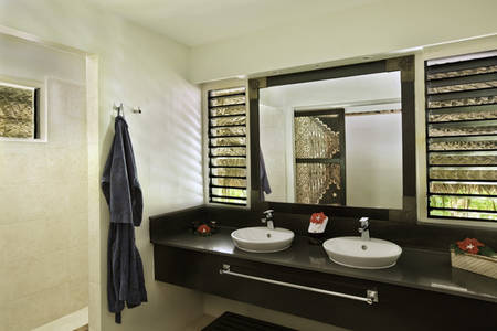 CastawayIslandFiji_Bathroom