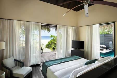 OutriggerKonottaMaldives_FVK-Beach-Pool-Villa