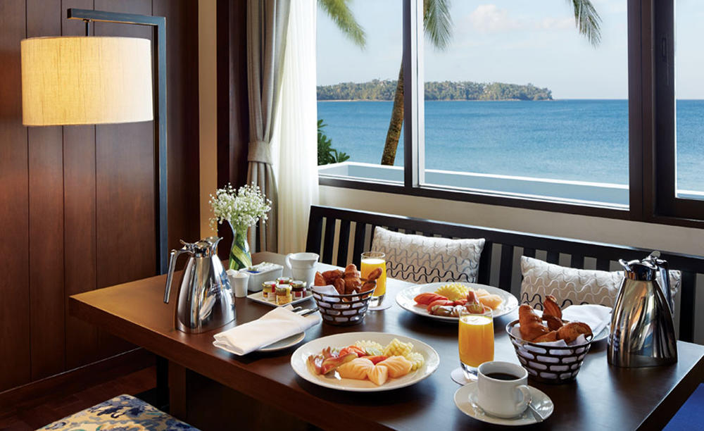 Outrigger_Laguna_Phuket_Beach_Resort_In-room_Dining