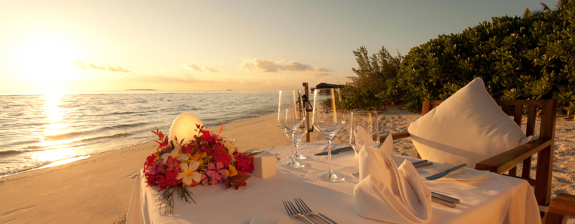 OU-Laguna_Private-Beachfront-Dinner