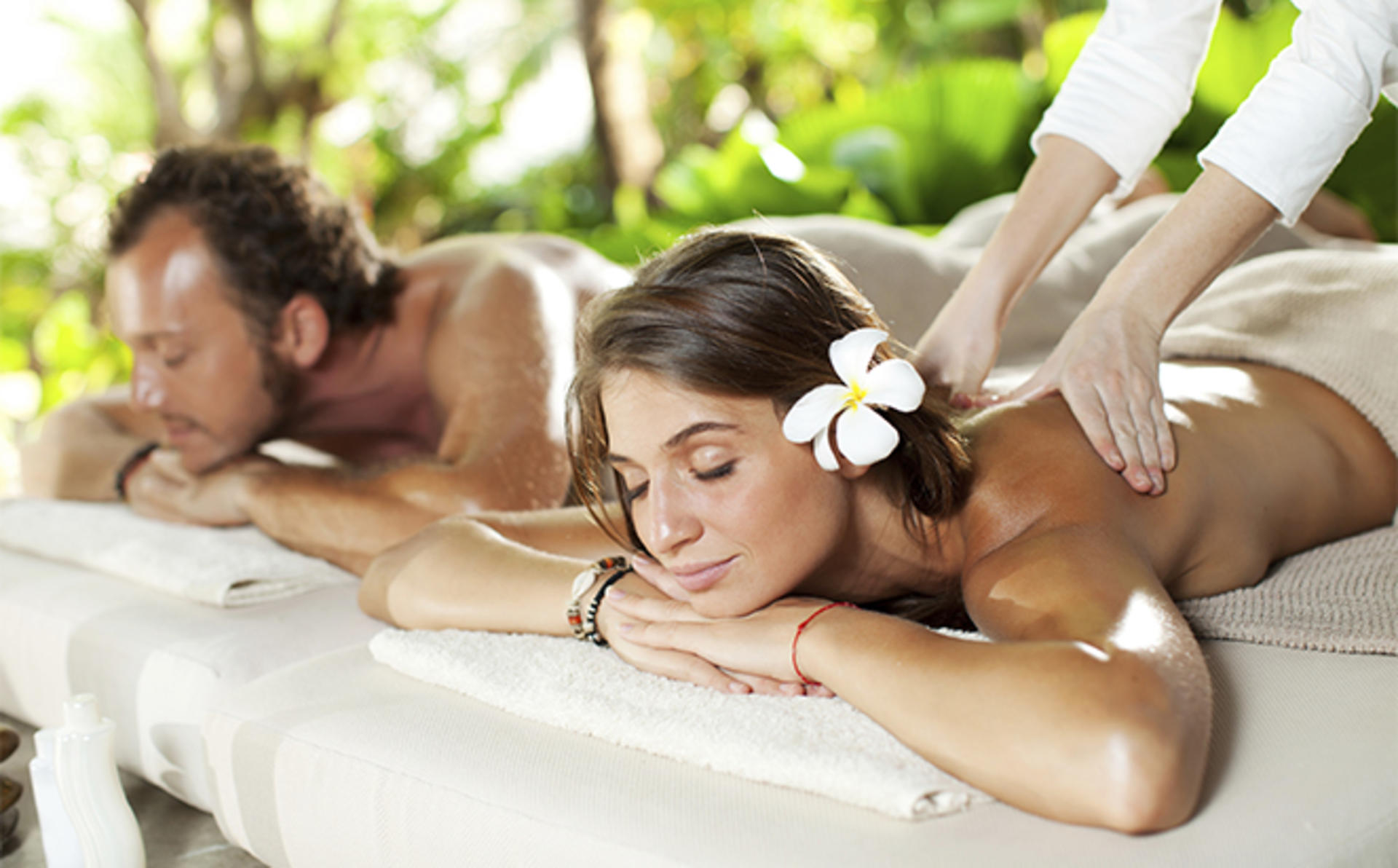 Outrigger-Laguna-Phuket_Siam-Massage-Black