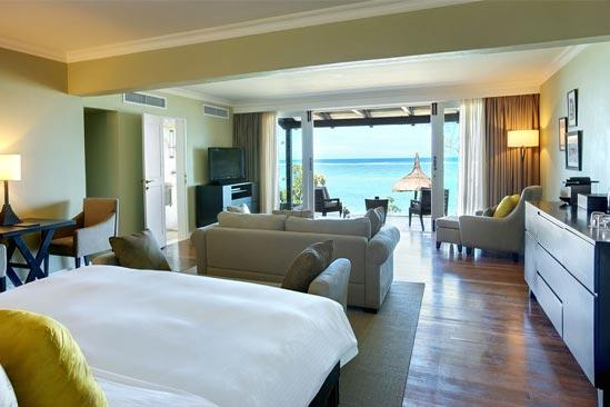 OutriggerMauritius_FXK-Beachfront-Senior-Suite