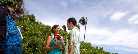 OU-Reef-Waikiki_Private-Vow-Renewal-Ceremony