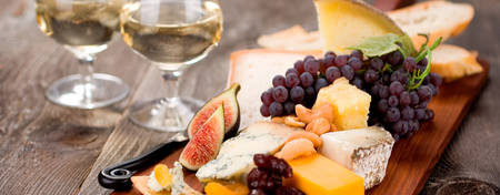 OU-Waikiki_Local-Cheese-and-Fruit-Platter