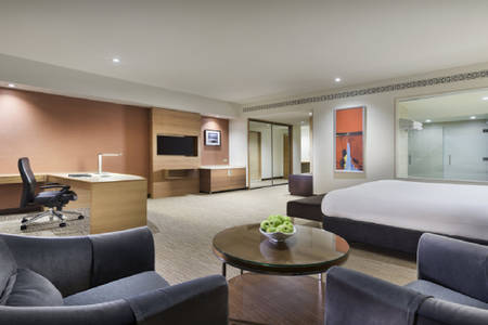 PPPER_Room_Pacific-Club-King- spa