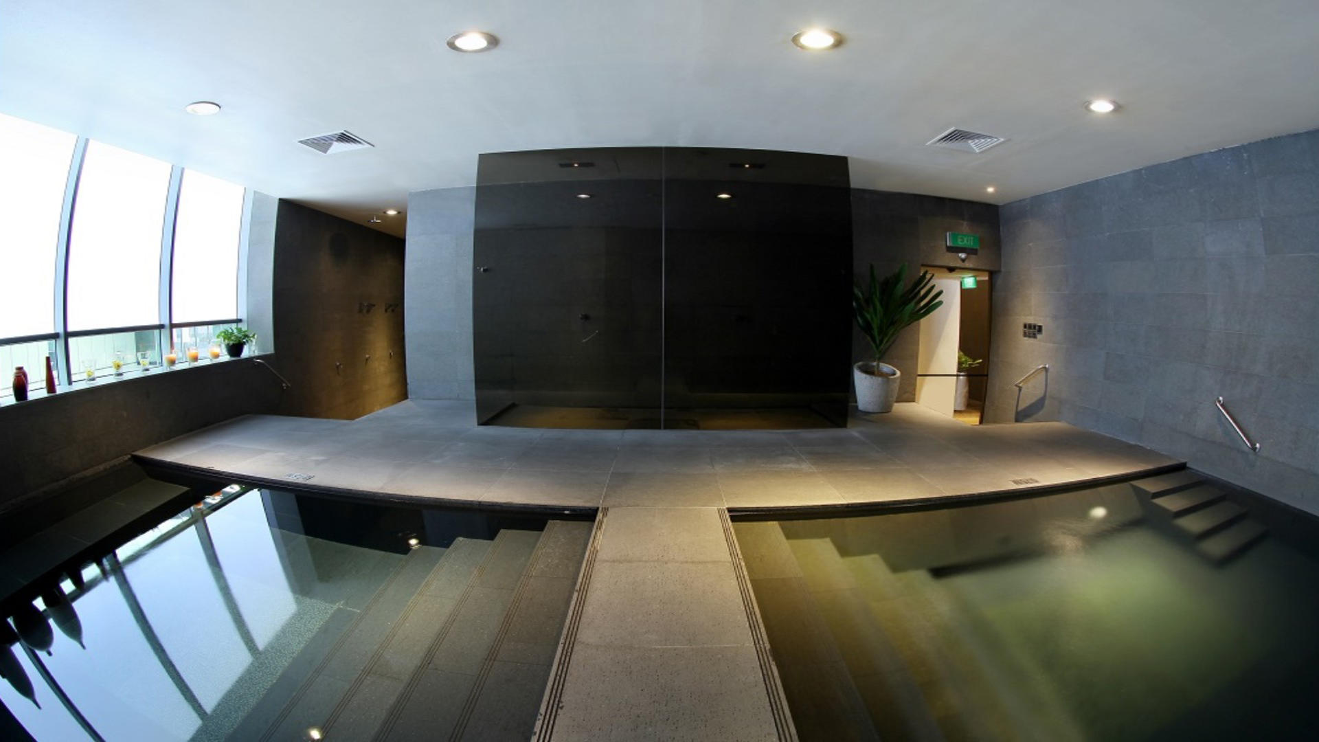 Pan_Pacific_Serviced_Suites_Orchard_Spa