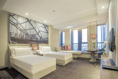 Pan _ Pacific _ Tianjin _ Club _ Floor _ Twin _ River _ view