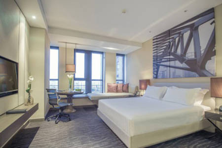 PanPacific _ Tianjin _ Deluxe _ King _ Riverview _ Room