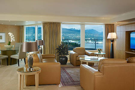 Pan_Pacific_Vancouver_Amber_Suite