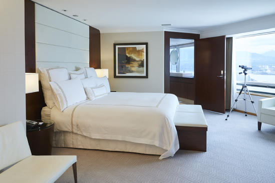PPYVR_Room_Pacific suite