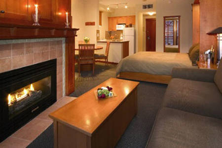 Pan_Pacific_Whistler_Mountainside_Studio_Suite_Lower