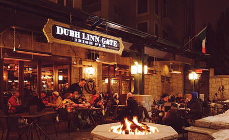 Pan_Pacific_Whistler_Village_Centre_Dubh_Linn_Gate_Irish_Pub_and_Patio