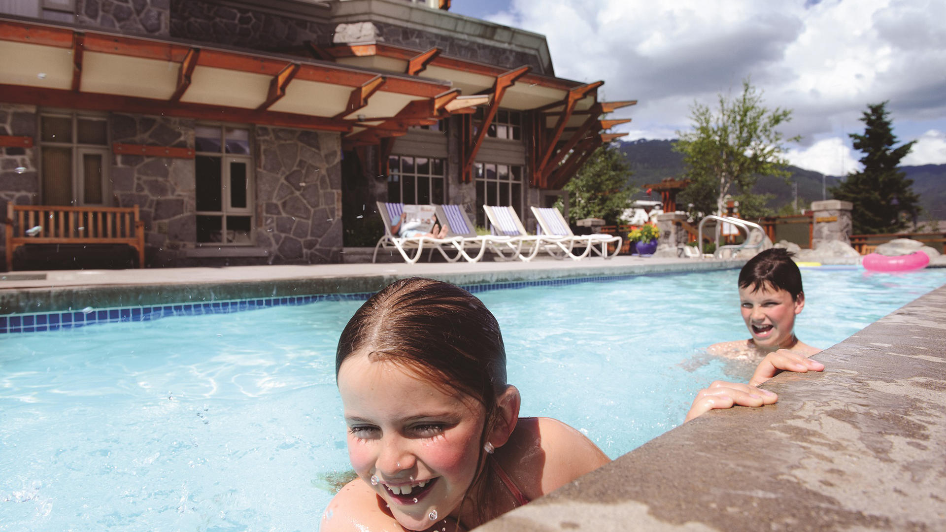 PanPacificWhistlerVillage _ Pool