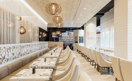 1_Parkroyal_Darling_Harbour_Sydney_Abode_Bistro_ & _Bar_Seating