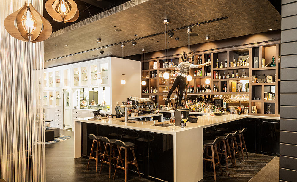 2_Parkroyal_Darling_Harbour_Sydney_Abode_Bistro_ & _Bar