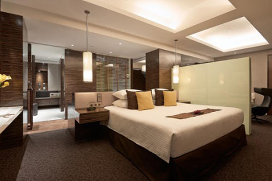 Parkroyal_KL_Orchid_Club_Suite_King