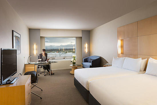 PARKROYAL Melbourne Airport_StandardTwinRoom