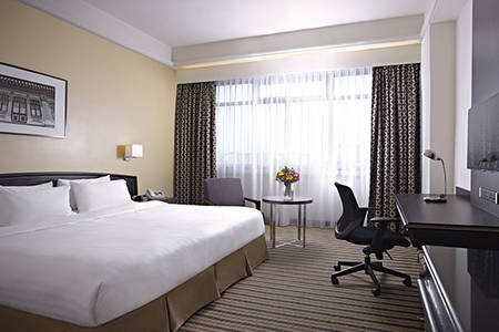 PARKROYAL_Kitchener_Road_Superior_King_Room