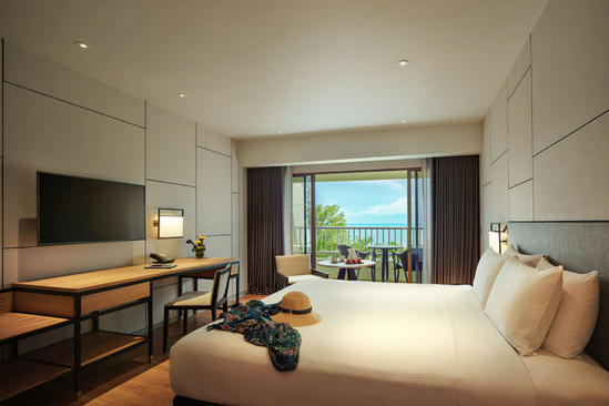 PARKROYAL Penang Resort_Premier_King_Seaview