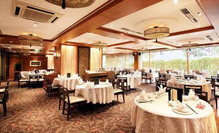 Parkroyal_Serviced_Suites_Singapore_Si_Chuan_Dou_Hua_Restaurant
