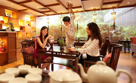 Parkroyal_Serviced_Suites_Singapore_Tian_Fu_Tea_Room_High_Tea_1
