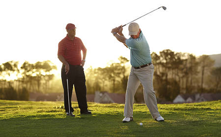QT_Goldcoast_Round-of-Golf-at-Glades