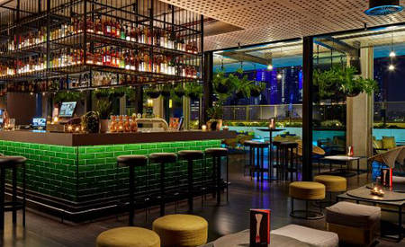 QT_Melbourne_Rooftop_Bar