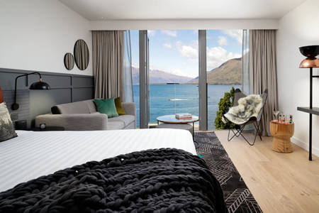 QTQueenstown - Lake King Room