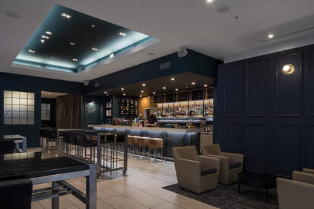 Rydges Auckland_Hotel_The_CUT_Lounge Bar