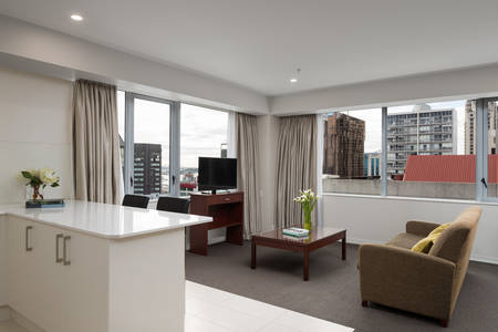 Rydges-Auckland_Residence-King - Suite – (2)