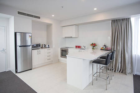 Rydges-Auckland_Residence-King - Suite – (3)