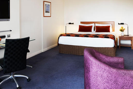 Bankstown_King_Spa_Suite