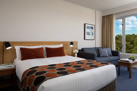 Rydges_Bankstown_Superior_Queen_Room