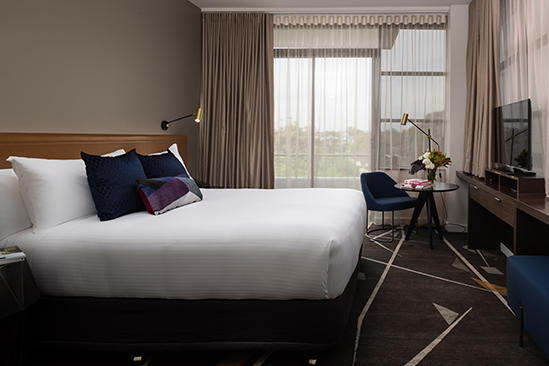 Rydges_Campbelltown_Executive_King_Room