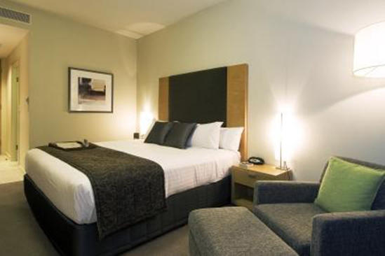 Rydges_Campbelltown_Standard_King