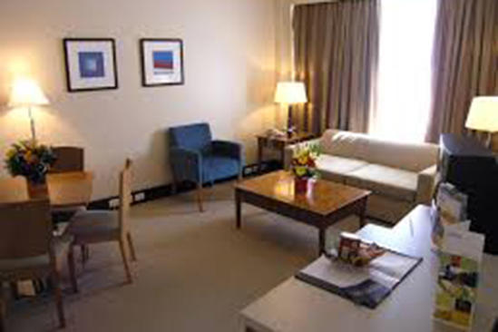 Rydges_Camperdown_King_Suite(Check-size)