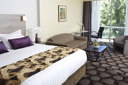 Capital_Hill_Canberra_Executive_King_Spa_Suite