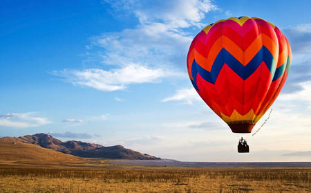 Rydges_Capital-Hill_Hot-Air-Ballooning