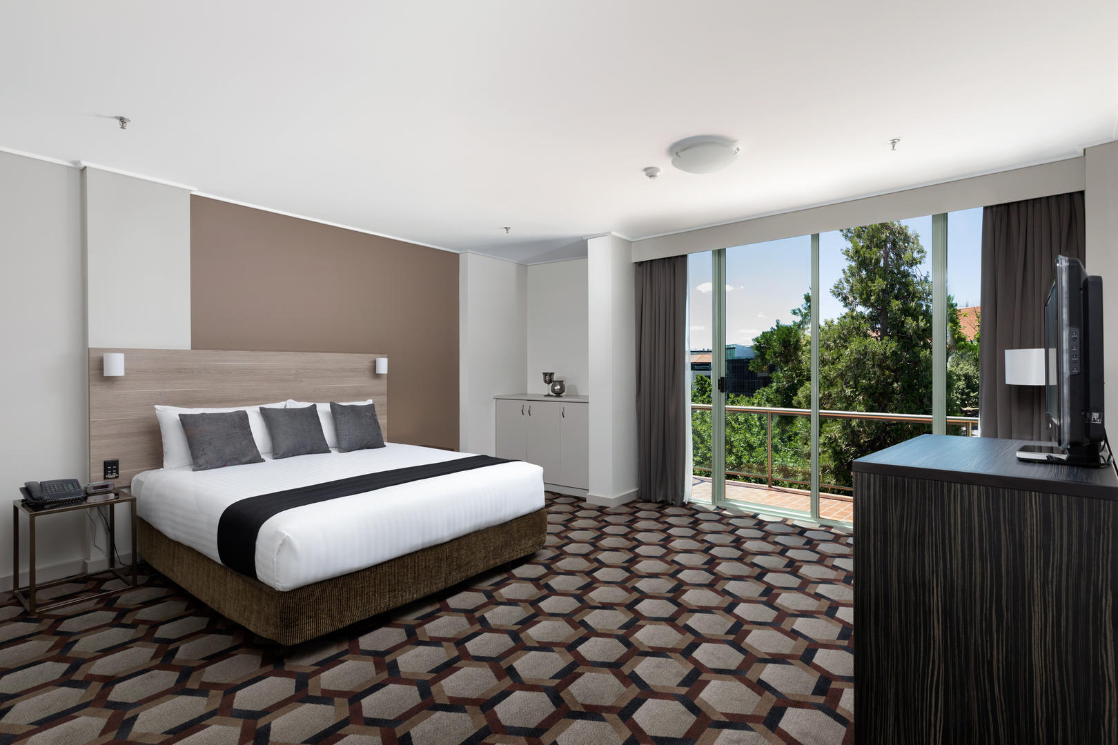 Rydges _ Capital _ Hill _ 使馆 _ Suite