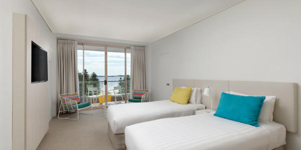 Cronulla King Ocean View Room