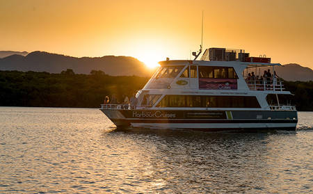 Rydges_Esplanade_Cairns-Sunset-Cruise