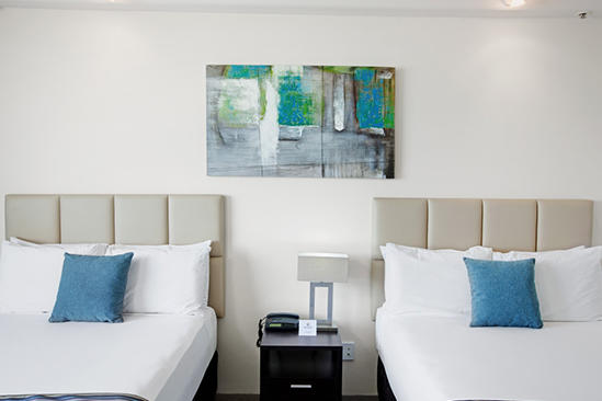 Rydges_Esplanade_Cairns_Mountain_View_Room_Twin