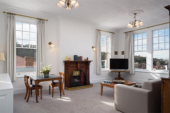 Hobart_Manor_Suite