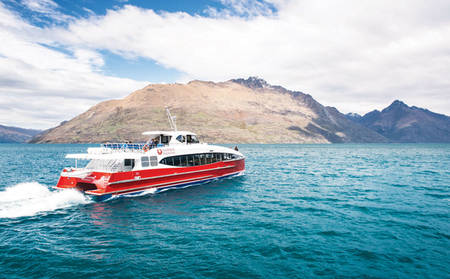Rydges_Lakeland_Lake-Wakatipu-Cruise