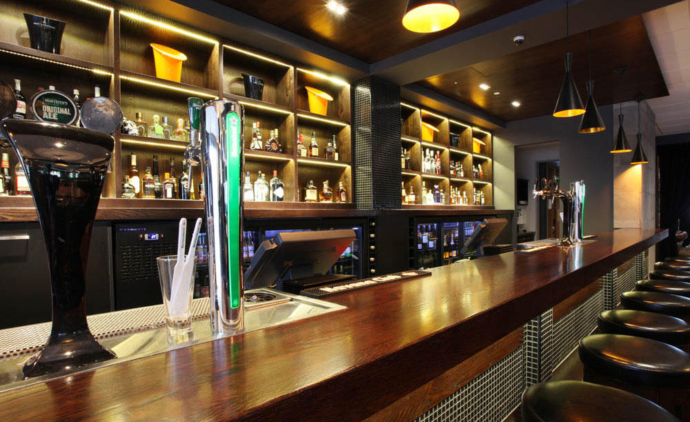 Rydges_Latimer_Christchurch_Bloody_Mary'S_Bar
