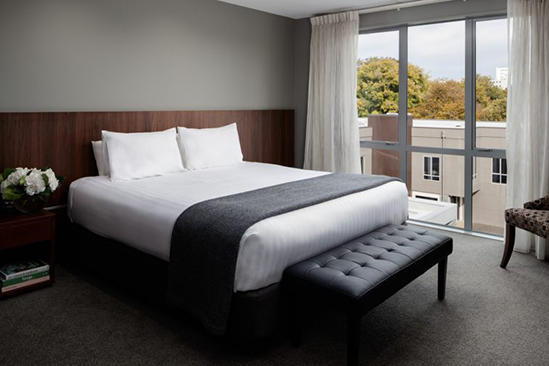 Rydges-Latimer _ One-Bedroom-Premier-Suite-(2)
