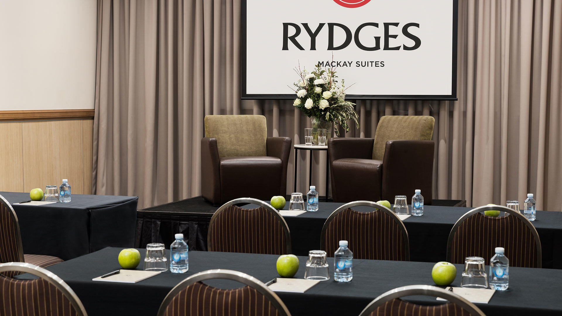 Rydges_Mackay_Suites_Conference_Hall2