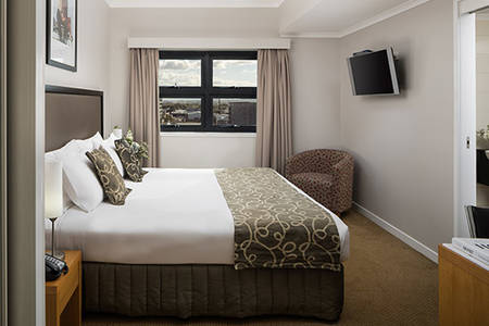 Rydges_ Mackay _Suites_Studio_king