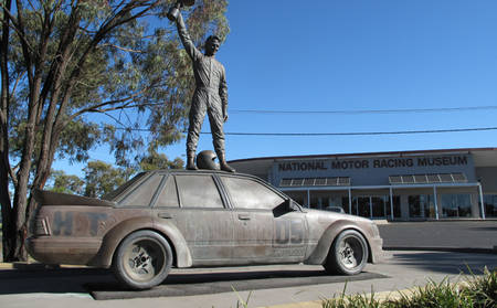 Rydges _ Mount-Panorama _ National-Motor-Racing-Museum-Tour